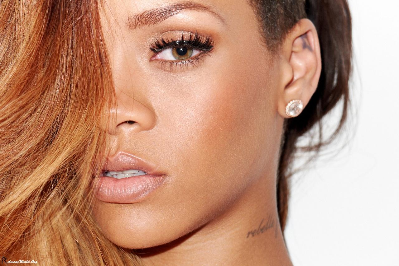 Rihannas Nude Videos