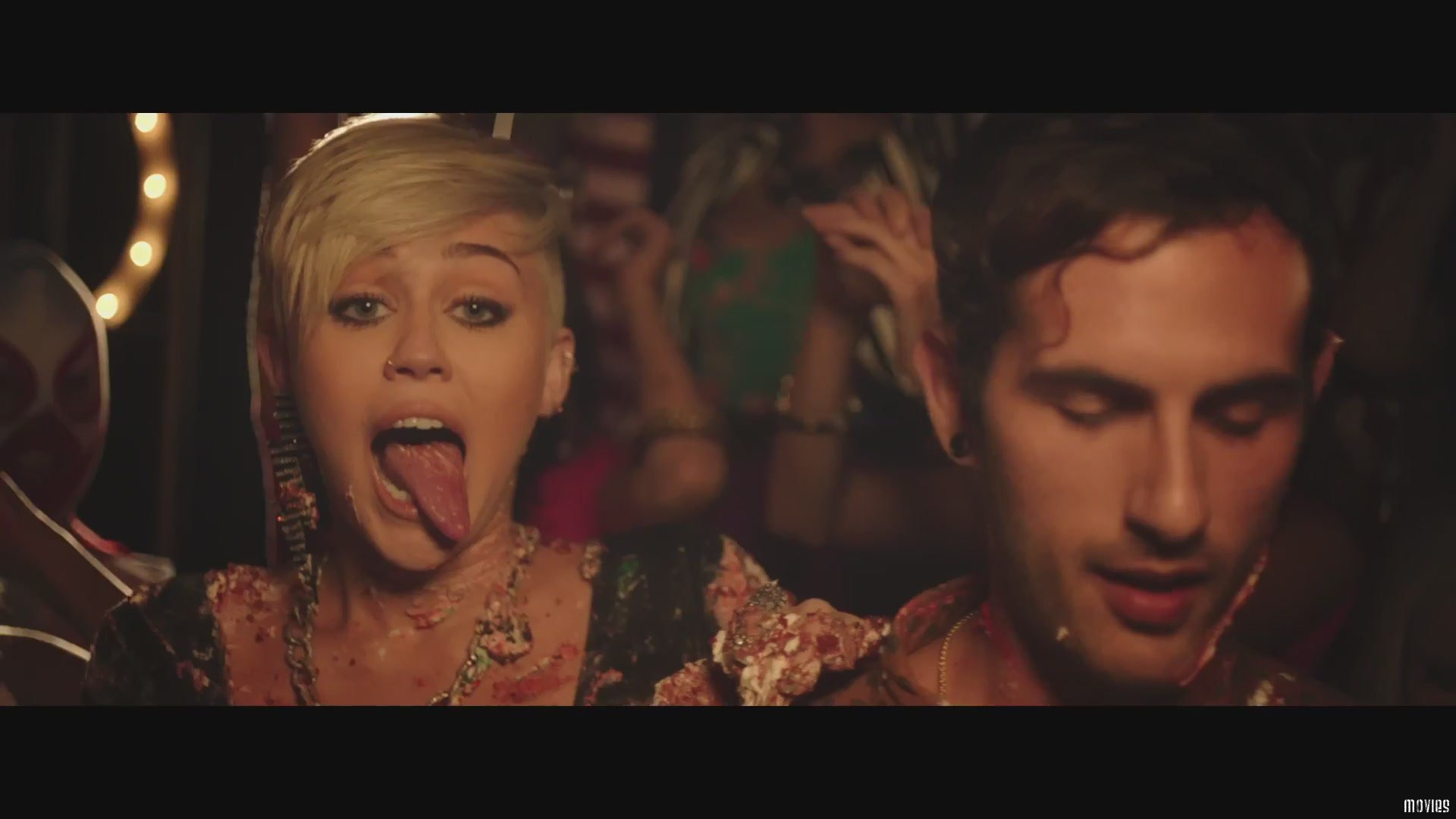 miley mature singles Miley cyrus' net worth has been skyrocketing ever since she appeared in the music and acting world see more about the fortune of this provocateur sensation.
