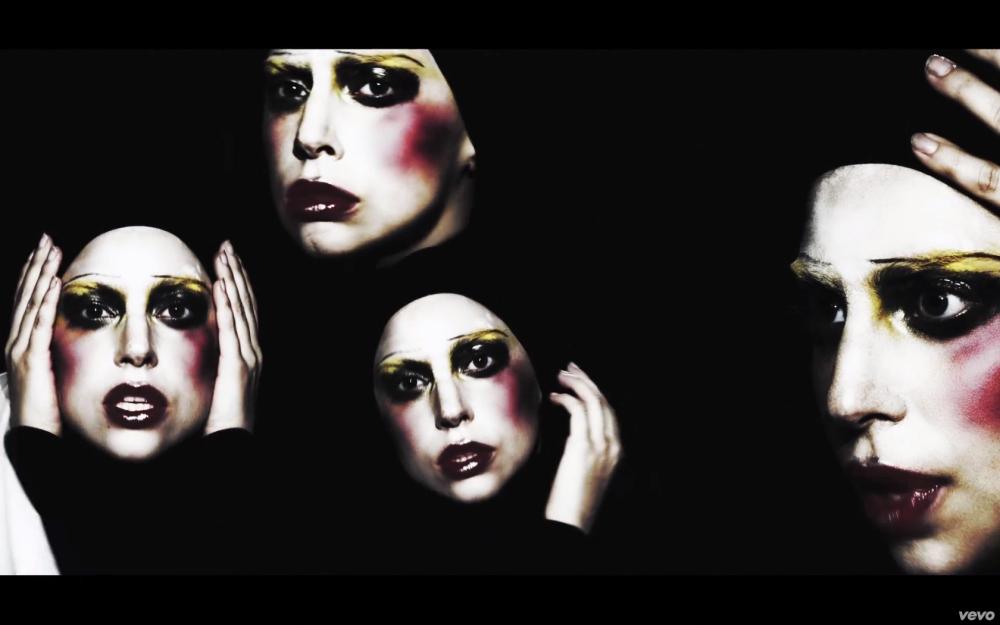 Gaga 06