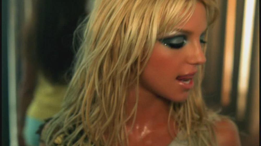 Britney Slave 01